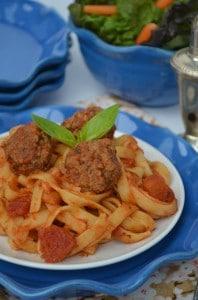 Fettuccine_Pasta_and_Meatballs_Crock_Pot_Recipe,_photo_#3