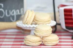 Vanilla Macarons 5-4