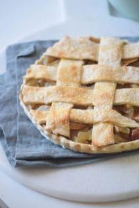 rustic-apple-pie-2