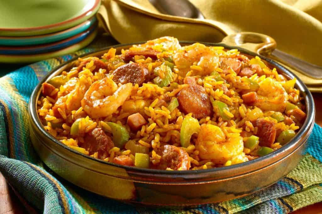 What is the Difference Between Gumbo and Jambalaya