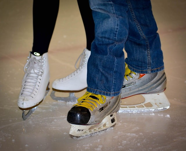 Ice skating is a great free thing to do for date night