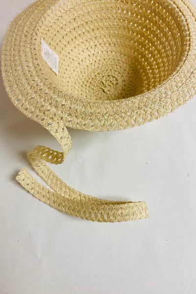 unwraping Sun Hat Baskettt