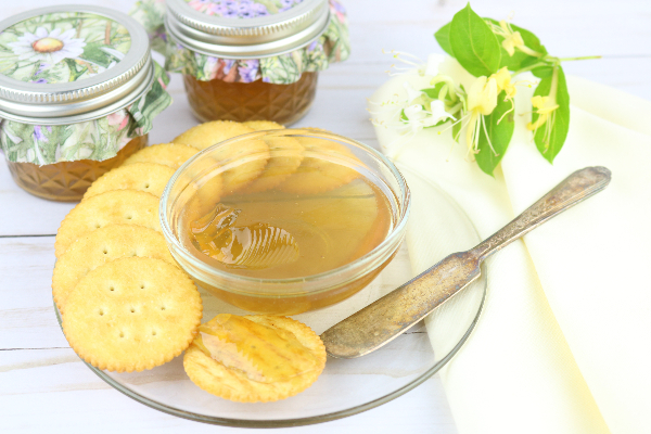 the best Honeysuckle Jelly r